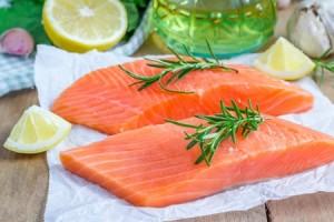 wild salmon filet contains omega-3